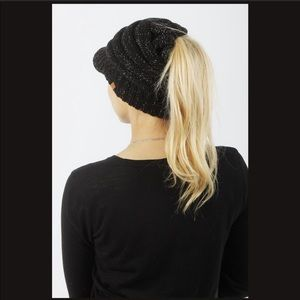 🐣 Slouchy Ponytail Beanie Hat with Visor